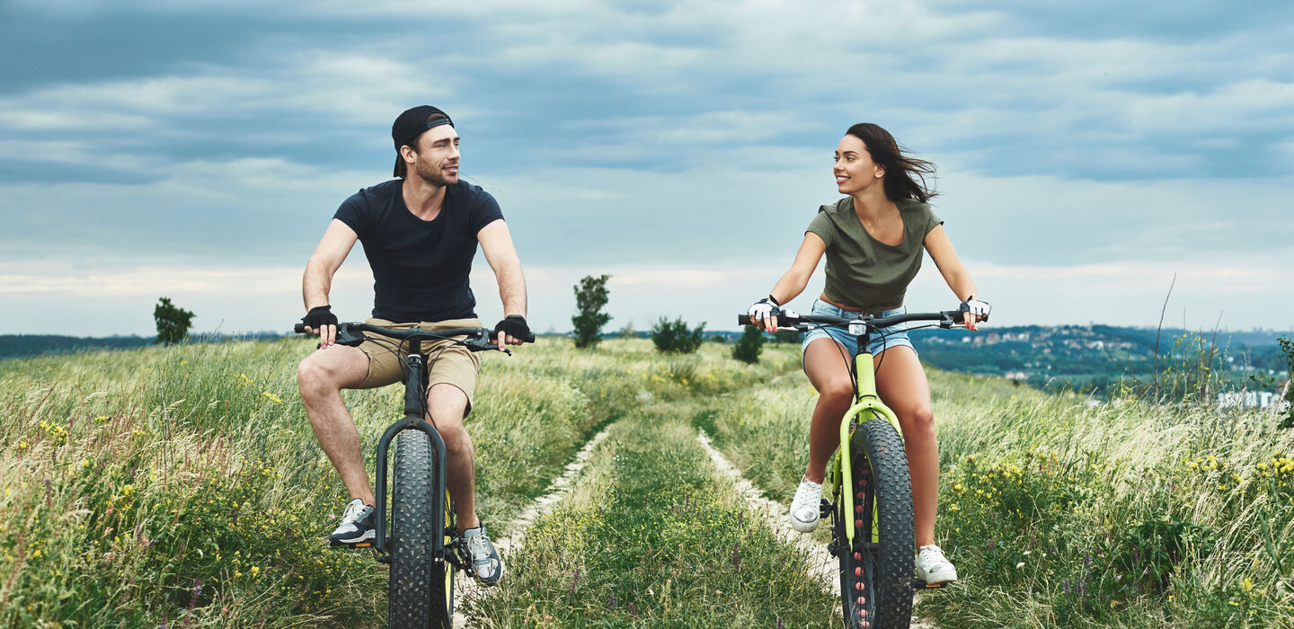 couple-plein-air-fatbike-carrousel